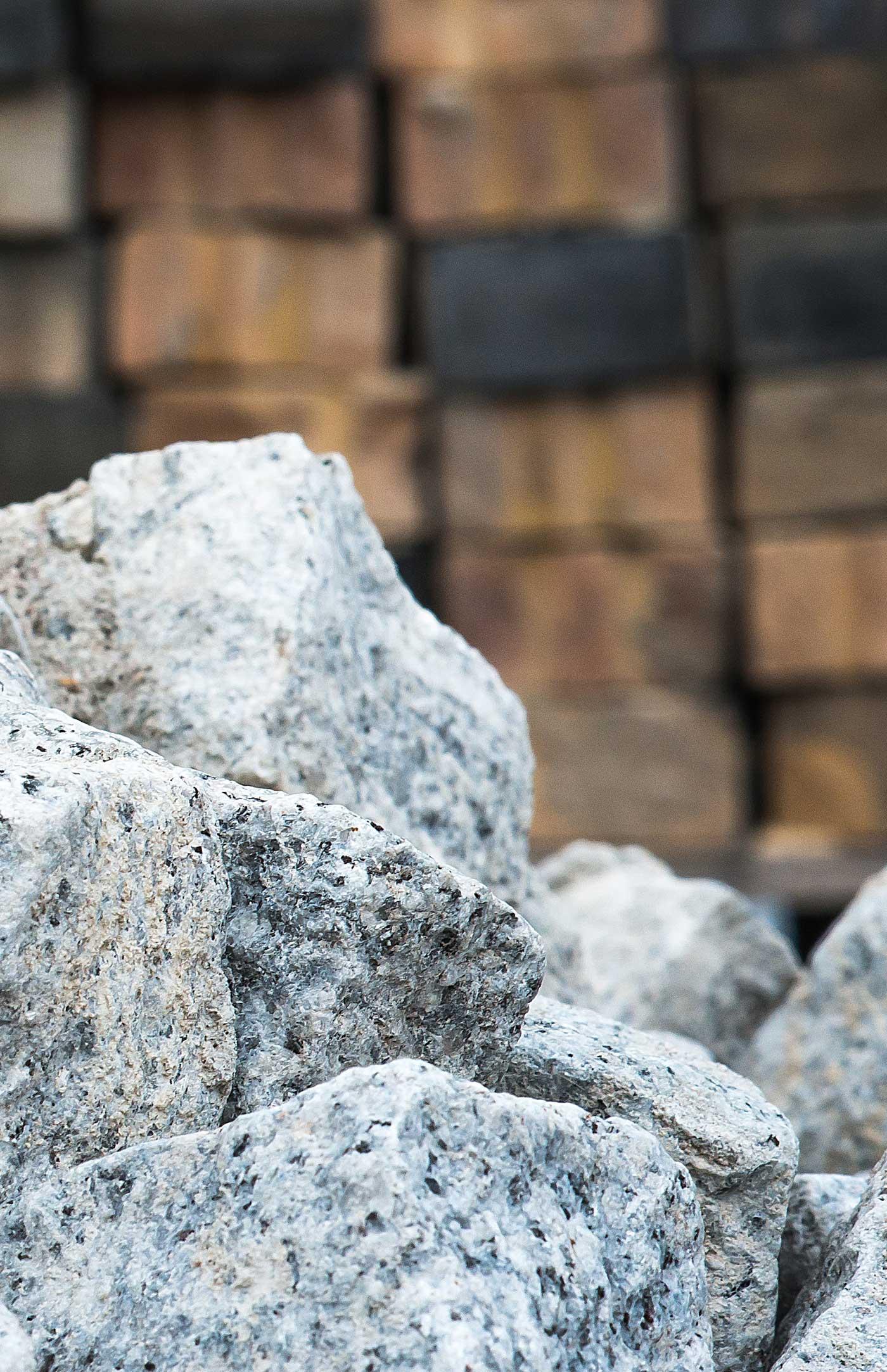 Askani Dienstleistungen - Verkauf Natursteinprodukte